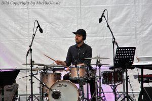 roman_schuler_extended_trio_04